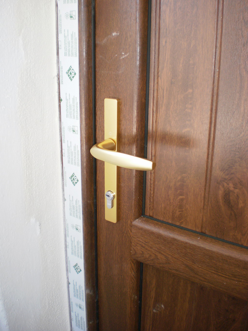 Puertas de seguridad malaga cheap puertas blindadas for Puertas metalicas malaga